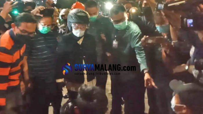 Fasilitas Umum Banyak yang Rusak, Risma Marahi Pemuda yang Diduga Jadi Provokator di Aksi Demo