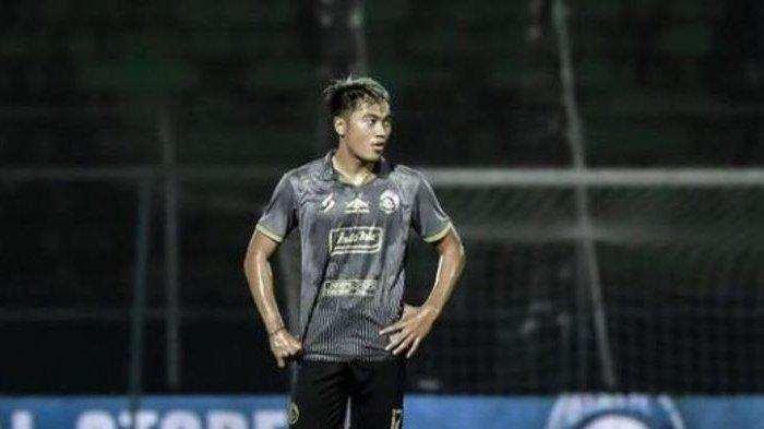 Arema FC Diuntungkan Punya Pemain Muda Seperti Rizky Dwi Febrianto, Bisa Main di Dua Posisi Berbeda