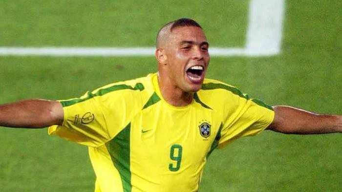 Ronaldo Sebut Nama 5 Pemain yang Seharunya Layak Menyabet Penghargaan Ballon d'Or