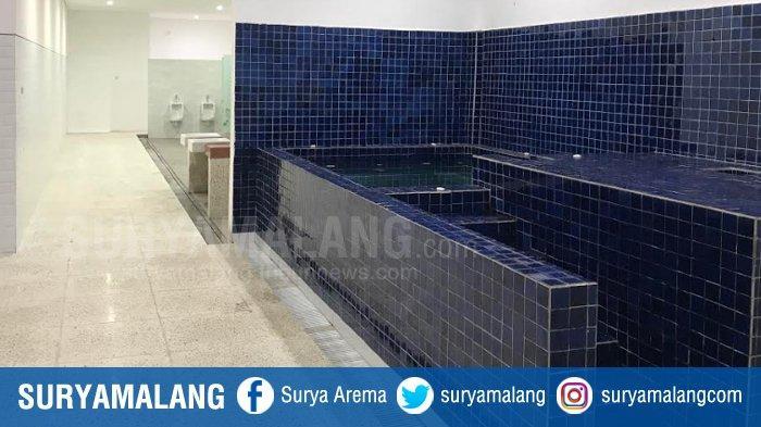Proses renovasi ruang ganti, ruang jacuzzi di Stadion Gelora 10 November telah tuntas. (19/12/2020).