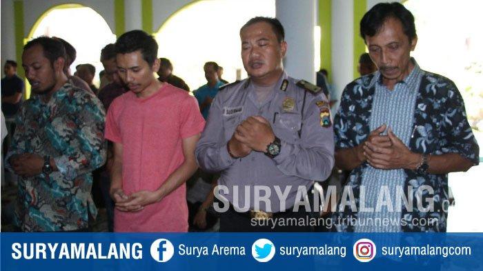 PNS, Polisi, Pelajar dan Wartawan Kota Malang Ikuti Salat Gaib