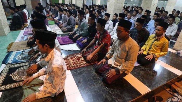 Pemerintah Izinkan Salat Terawih Ramadhan 1442 H Berjamaah di Luar Saat Masa Pandemi, Ini Syaratnya