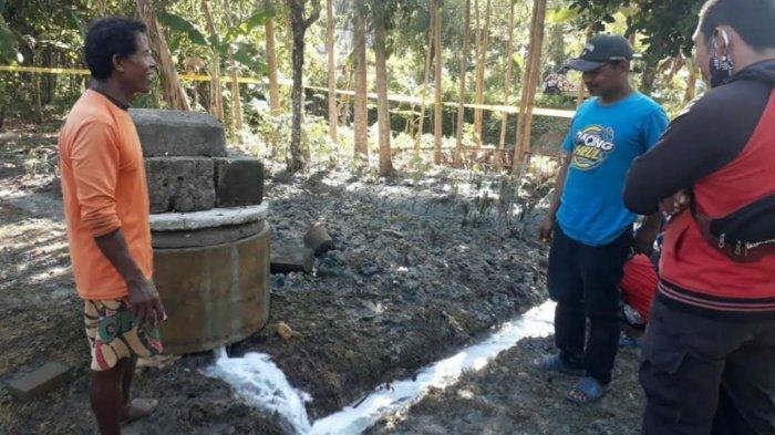 Semburan Air Setinggi 10 Meter Tiba-Tiba Muncul Dari Sumur di Bojonegoro, Berasa Asin & Bau Belerang