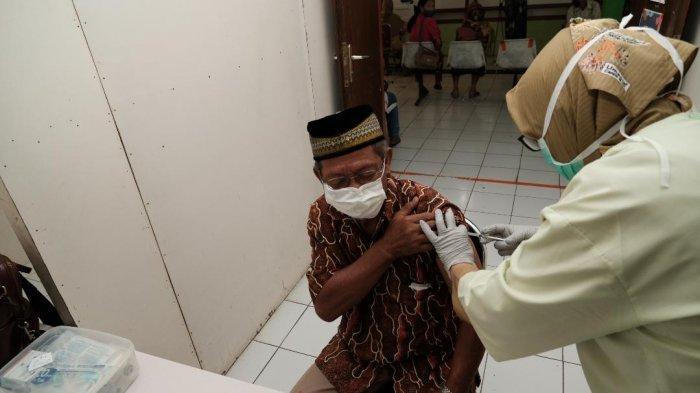 Puskesmas Kota Batu Mulai Jalankan Vaksinasi untuk Lansia