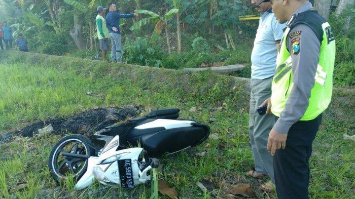 Diduga Korban Kecelakaan, Mayat Pemuda Desa Ditemukan Tergeletak di Pinggir Jalan