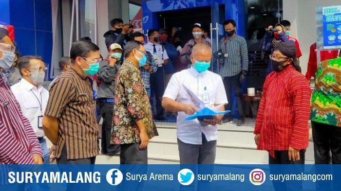 Wali Kota Malang Sutiaji Tinjau Langsung Penerapan Prokotol Kesehatan di Bank BRI Martadinata