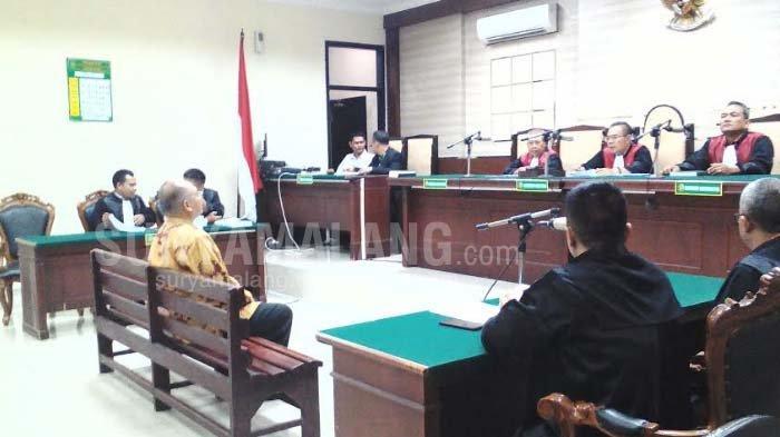 Bupati Malang Non Aktif, Rendra Kresna Dituntut 8 Tahun Penjara Oleh JPU KPK
