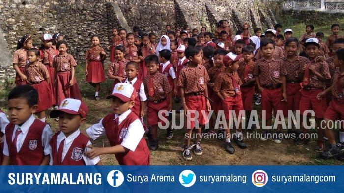 Terjadi di Gedangan Kabupaten Malang, Kegiatan Belajar Mengajar Berhenti Akibat Guru Mogok Kerja