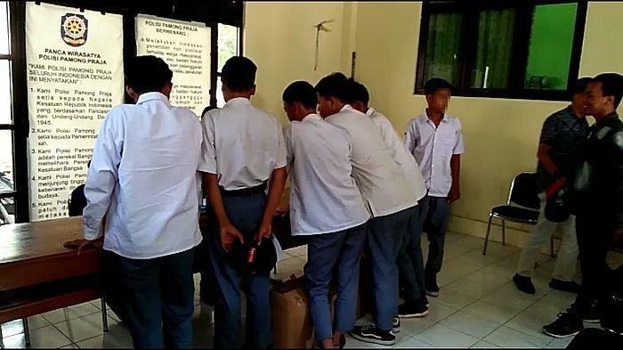 6 Siswa SMK Kepergok Bolos Sekolah & Pesta Miras di Pos