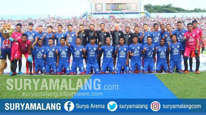 PARADE FOTO - Peluncuran Tim dan Jersey Arema FC di Stadion Kanjuruhan Kemarin