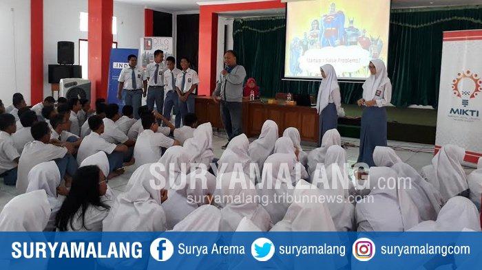 Dorong Inovasi Siswa SMK Telkom Malang, Simak Ide Super Hero Unik Versi Pelajar Ini