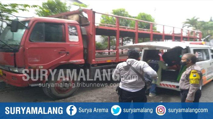 Sopir Truk Ditemukan Meninggal Dunia dalam Kabin Truk di Blimbing Malang
