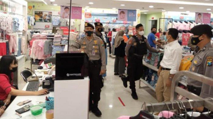 Polresta Malang Kota Lakukan Pemantauan dan Sosialisasi Protokol Kesehatan di Pusat Perbelanjaan