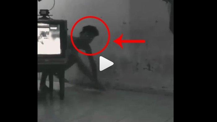 VIDEO : Hi, Sosok Menyeramkan Terekam CCTV, Ternyata Kejanggaalannya Bikin Ngakak