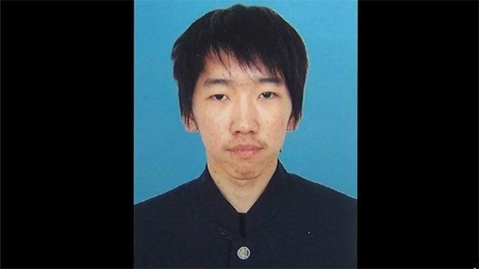 Sosok pria muda, pelaku pembakaran mobil Yura Ukita (20)  di Kanda-cho Kita Kyushu, Jepang
