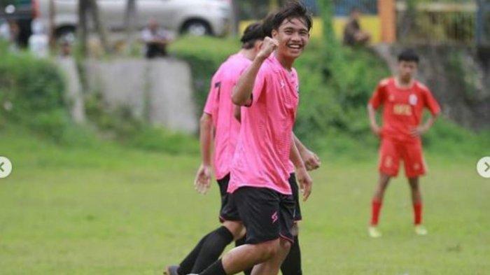 Sosok Tito Hamzah Pemain Muda Arema FC yang Cetak Gol Saat Lawan Rans FC, Singgung Doa Orangtua