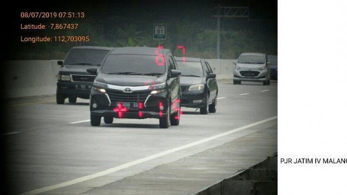 Perhatian, Polisi Gunakan Speed Gun Untuk Memantau Kecepatan Kendaraan di jalan Tol Pandaan-Malang