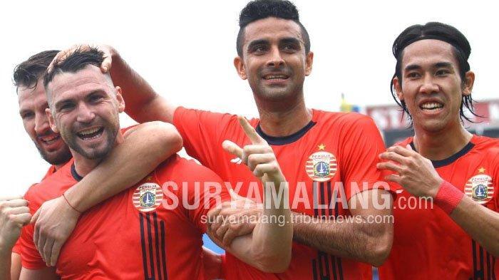 Arema FC Masuk Daftar Klub yang Diwaspadai Bek Senior Persija Jakarta Padahal Belum Gelar Latihan