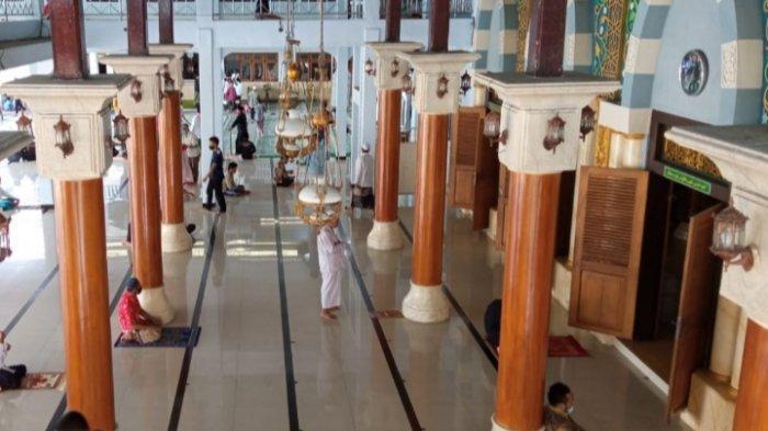 Syarat Salat Tarawih Berjemaah di Masjid Kota Blitar Selama Ramadan 2021