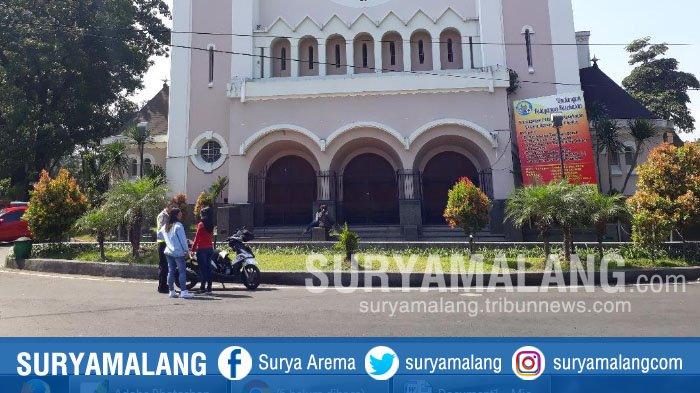 Usai Bom Meledak di Surabaya, Polisi Jaga Ketat Gereja di Kota Malang
