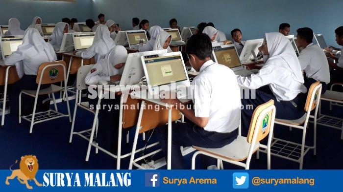Siswa SMPN 6 Bawa Laptop Sendiri Saat Gladi Resik UNBK Ketiga, Untuk Apa Ya?