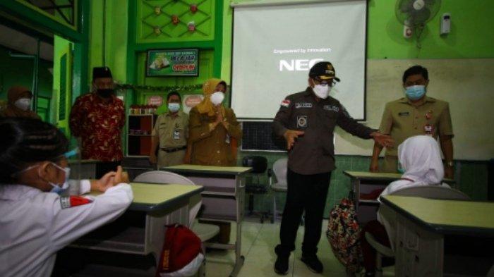 Begini Suasana Hari Pertama Pembelajaran Tatap Muka di Kota Malang
