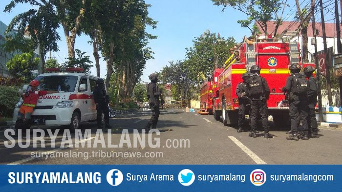 Jemaah Langsung Panik Usai Bom Meledak di Gereja Pantekosta Pusat Surabaya, 1 Petugas Terluka