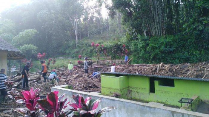 Cara Atasi Krisis Air Bersih Akibat Banjir dan Longsor di Ngantang Kabupaten Malang