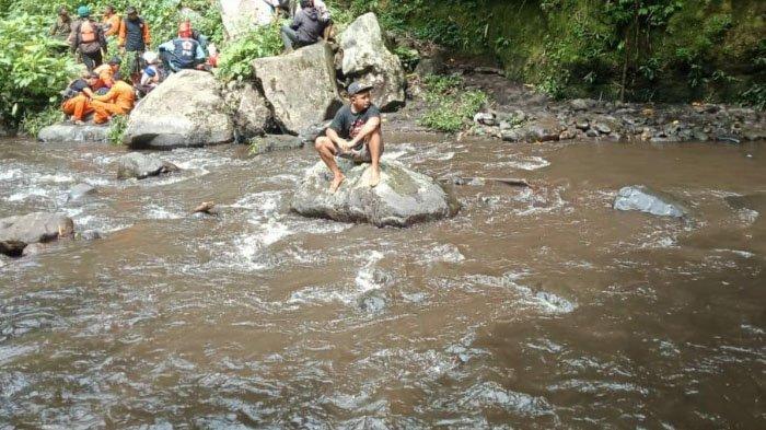 2 Wisatawan Surabaya Tenggelam di Coban Cinde, Kabupaten Malang, 1 Mayat Korban Ditemukan Hari Ini