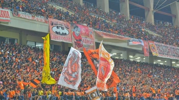 Kiper Borneo FC Bicara Soal Suporter Arema FC, Aremania