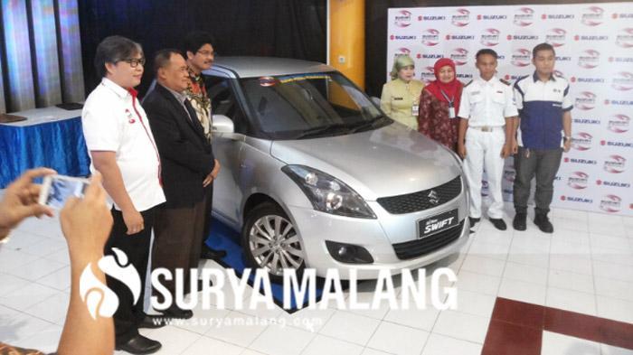 Suzuki Hibahkan Mobil ke Universitas Negeri Malang, Ini Tujuannya