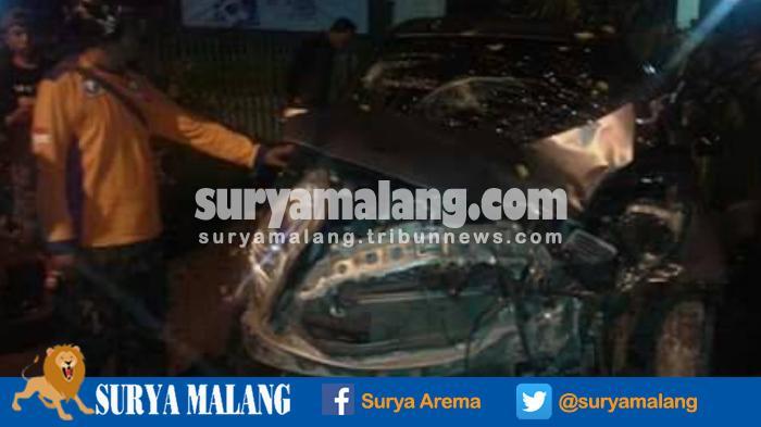 Tabrakan Toyota Yaris Vs Sepeda Motor di Kota Malang, Satu Korban Tewas