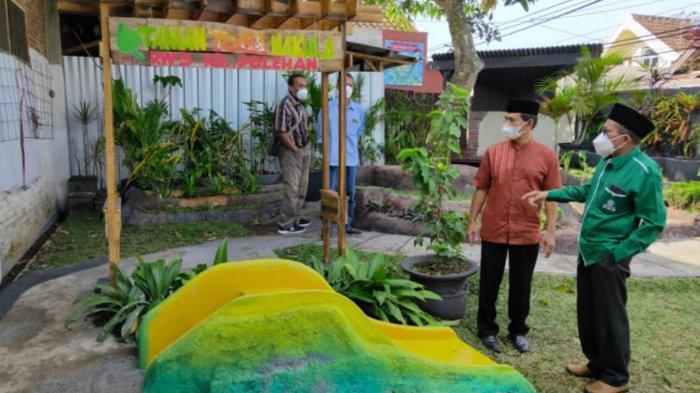 Warga RW 05 Polehan Apresiasi Taman Toga Hasil Pokir Wakil Ketua DPRD Kota Malang Abdurrahman