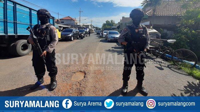 Lokasi Penangkapan Terduga Teroris Asal Bululawang Malang di Surabaya Digeledah, Laptop Diamankan