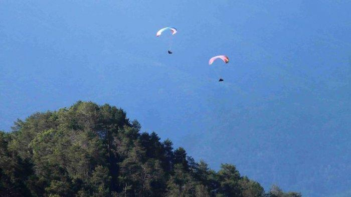 Ngeri! Atlet Paralayang Tuban Terjatuh saat akan Take Off, tak Bisa Lanjutkan Pertandingan