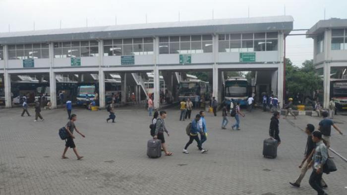 Penumpang Bus di Terminal Purabaya Menurun 30 Persen Dibanding Tahun Lalu, Dishub Sebut Penyebabnya