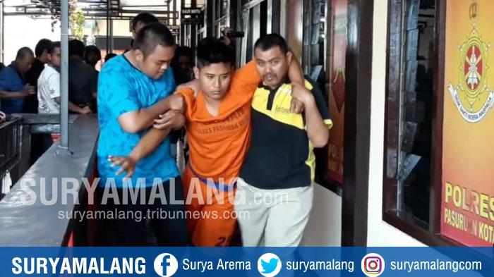 Pembunuhan Siswa SMK Di Pasuruan, Tersangka Mengaku Ikut Takziah Dan Memakamkan Korban