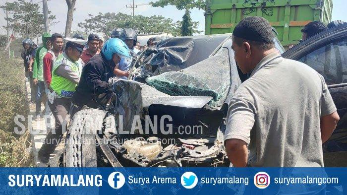 BREAKING NEWS – 3 Kendaraan Terlibat Kecelakaan di Jalur Pantura Tuban