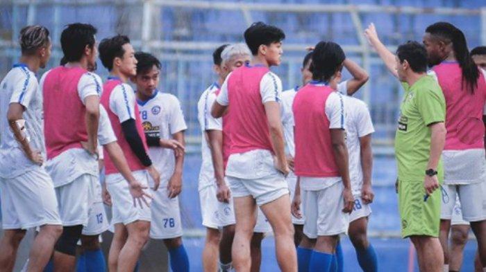 Kelemahan Tim Arema FC Dibuka Pelatih Eduardo Almeida, Lini Depan Dapat Peringatan Khusus