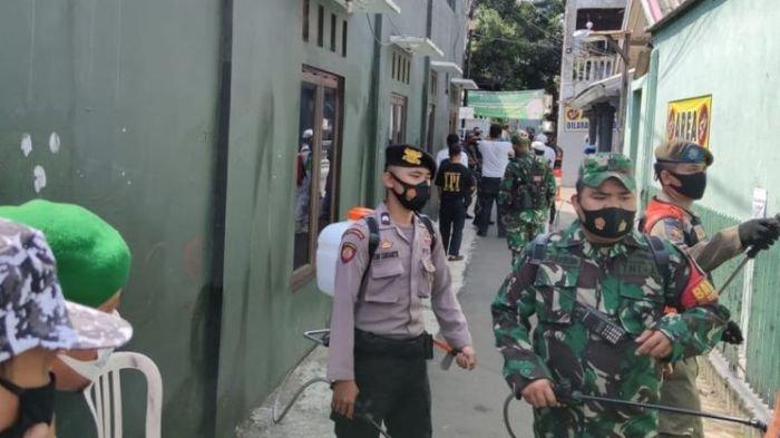 Ini Ucapan Tegas Dandim Jakpus saat Dilarang Masuk Gang Rumah Habib Rizieq untuk Semprot Disinfektan