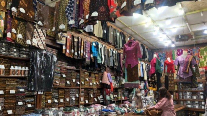 Cara Toko Takaian Papinja Kota Malang Bertahan Selama 68 Tahun