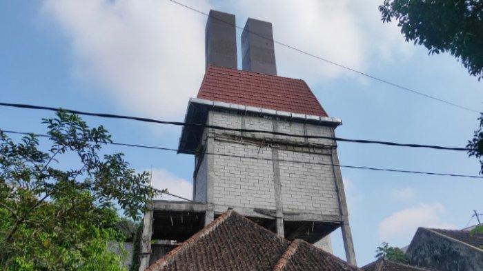 Misteri Tower di Jalan Sawo Kota Malang, DItolak Warga Lalu Berubah Bentuk Mirip Rumah