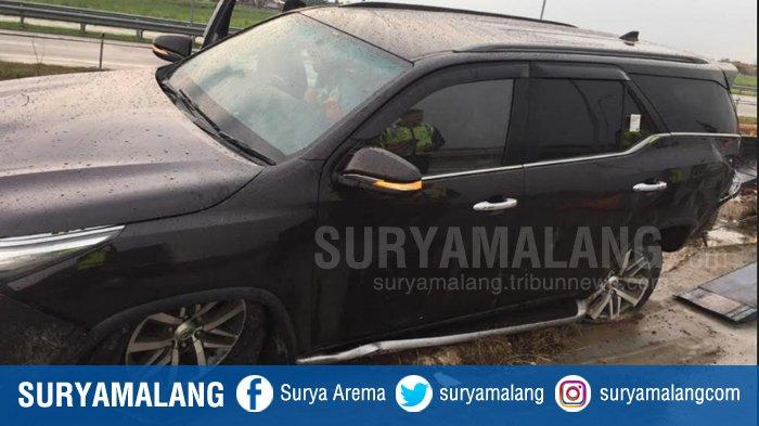 Identitas & Penyebab Toyota Fortuner Kecelakaan di Jalan Tol Mojokerto Terungkap, Airbag Tak Terbuka