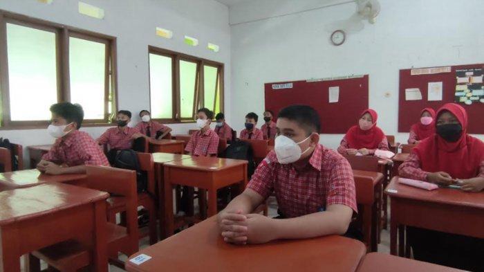 Uji Coba Pembelajaran Tatap Muka, Siswa SMPN 1 Kota Probolinggo Senang Bisa Masuk Sekolah Lagi