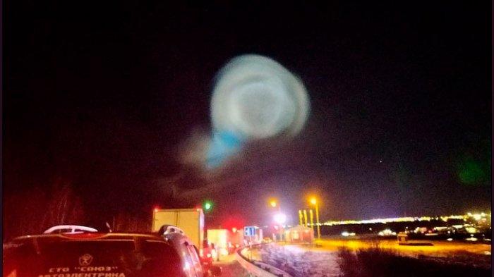 Bola Cahaya Raksasa di Langit Serbia Bikin Gempar, Sempat Dikira Alien, Ternyata Lebih Mengerikan!