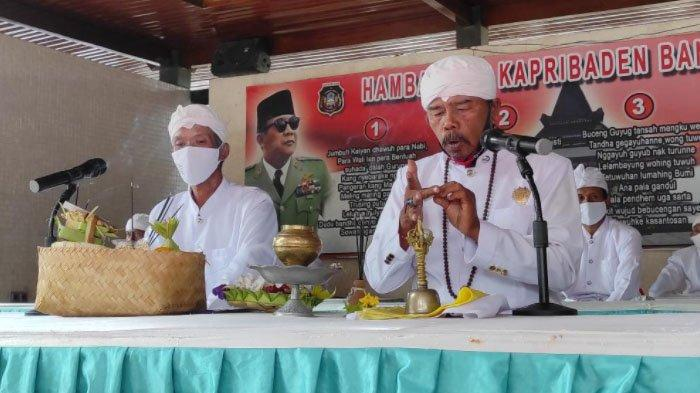 6 Umat Agama Ikut Doa Lintas Agama Peringatan Haul Ke-51 Bung Karno di Kota Blitar