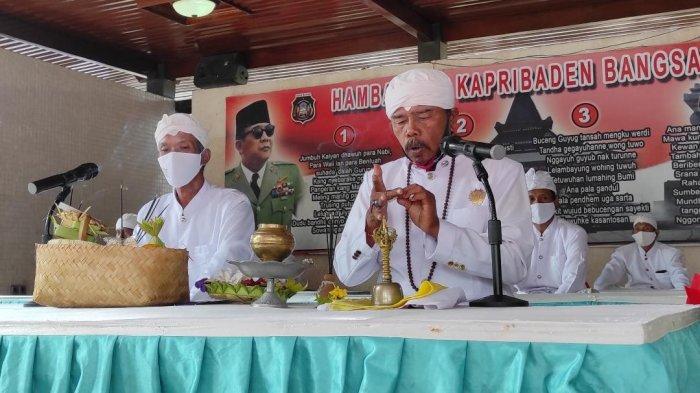 6 Umat Agama Ikut Doa Lintas Agama untuk Peringati Haul ke-51 Bung Karno di Kota Blitar