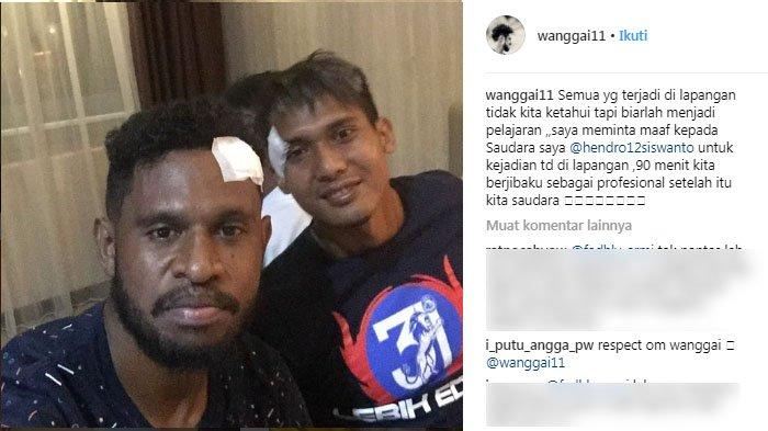 Usai Benturan Keras dengan Hendro Siswanto dalam Persipura vs Arema FC, Imanuel Wanggai Minta Maaf