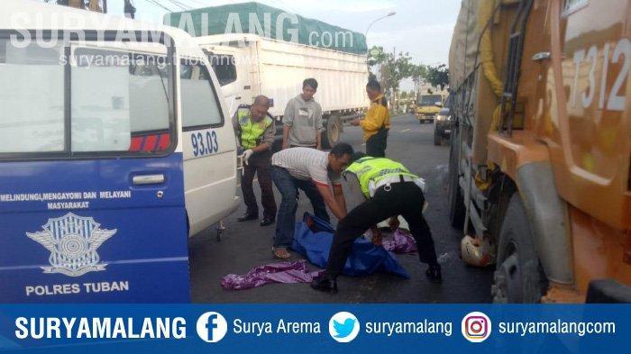 Hindari Jalan Berlubang di Tuban, Pengendara Motor Tewas Tersenggol Truk Tronton