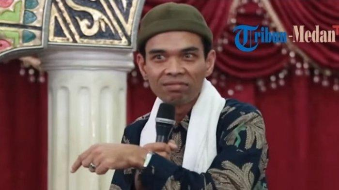 Ustaz Abdul Somad Mendadak Keluarkan Isi Dompet saat Ceramah, Bikin Jamaah Bertepuk Tangan & Tertawa